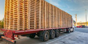 Pallets vrachtwagen