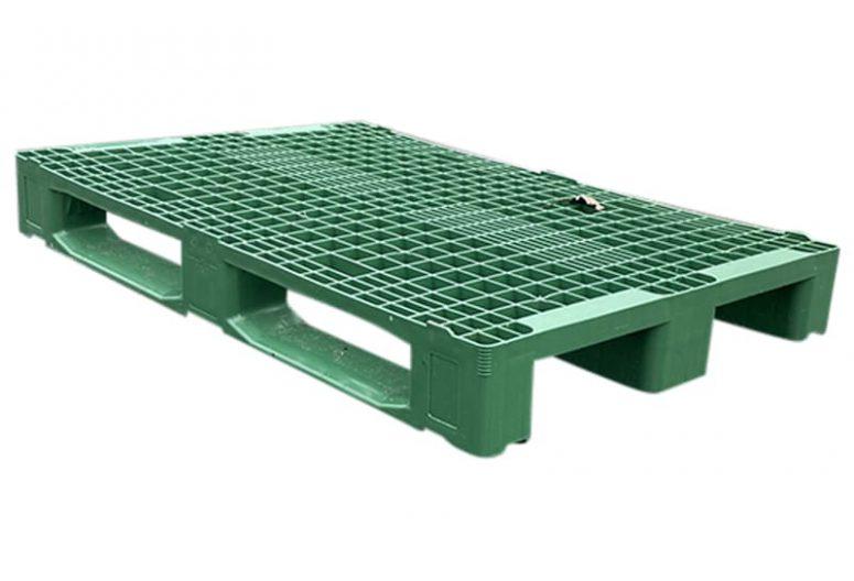 groene kunststof pallet
